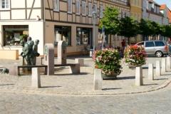 Markt mit Bassewitzbrunnen in Kyritz