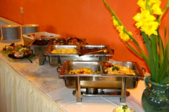 Warmes Buffet im Festsaal
